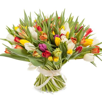 Букет из 101 тюльпана