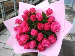 25 малиновых роз 60 см (Россия)