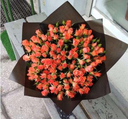 """Букет """"25 красных роз"""" кустовых 50 см (Россия)"""