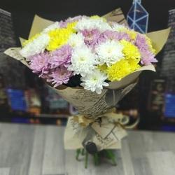 Букет из 15 цветных хризантем (Балтика)