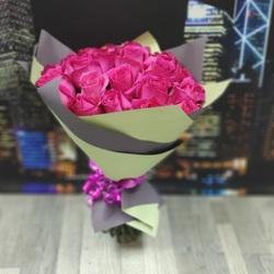 Букет из 25 розовых роз 40 см (Эквадор)